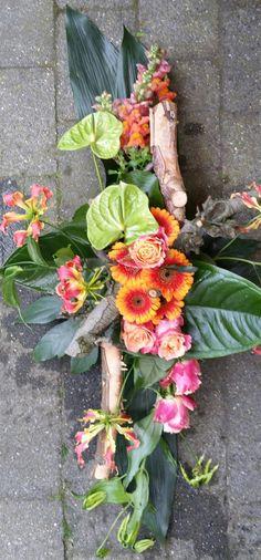 Gerbera, Floral Wreath, Wreaths, Flowers, Home Decor, Floral Crown, Decoration Home, Door Wreaths, Room Decor