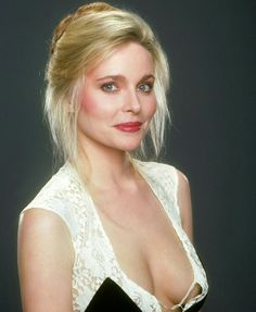 """Priscilla Barnes, during the days she replaced Suzanne Sommers on """"Three's Company"""", Top Female Celebrities, Celebs, Priscilla Barnes, Olivia Taylor Dudley, Three's Company, Gal Gadot, Vintage Hollywood, Classic Hollywood, Height And Weight"""