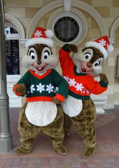 10 Photos of Disneyland Characters Donning Their Holiday Best