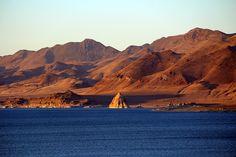 Pyramid Lake, Nevada Photo: Danny Kean www.travelingpiano.com