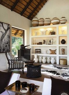 Creative Modern Decor With Afrocentric African Style Ideas (.- Creative Modern Decor With Afrocentric African Style Ideas Creative Modern Decor With Afrocentric African Style Ideas - African Interior Design, Decor Interior Design, Interior Decorating, Decorating Ideas, Diy Interior, African Design, African Living Rooms, Living Room Designs, Living Room Decor
