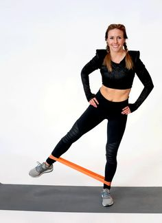 10 Simple Inner Leg Exercises to Make Your Legs Look Perfect - Fitness and Exercises Pilates Workout, Abs And Obliques Workout, Oblique Workout, Couch Workout, Aerobics Workout, Yoga Fitness, Fitness Tips, Fitness Motivation, Health Fitness