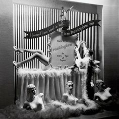 We bet the storefront of LaBiche's boutique in New Orleans turned some heads in the 1950's!