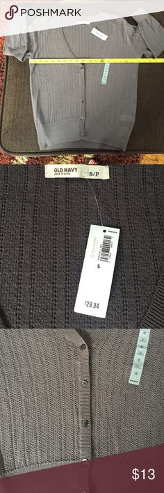 BNWT! Old Navy gray cardigan! BNWT! Old Navy gray cardigan! Old Navy Sweaters Cardigans