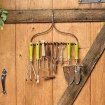 10.Rake hanging systems