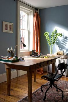 beautiful paint and desk office home office Built-in Kitchen Desk as extension of countertops! 8 great ideas for your home office Orange Curtains, Colorful Curtains, Home Office, Simple Desk, Home Design, Interior Design, Blue Walls, My Living Room, Houses