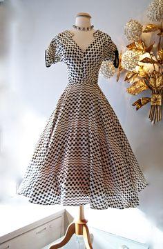 Xtabay Vintage : Vintage Dress : Vintage 1950s silk checkerboard print dress.