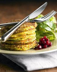 Kasvisraastepihvit | Kasvisruuat | HS Yummy Food, Meat, Chicken, Vegetables, Red Peppers, Delicious Food, Vegetable Recipes, Veggies, Cubs