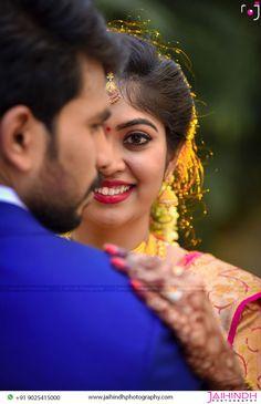 Indian Wedding Poses, Indian Wedding Couple Photography, Outdoor Wedding Photography, Hindu Wedding Photos, Couple Photography Poses, Indian Bride Poses, Indian Bridal, Couple Photoshoot Poses, Pre Wedding Photoshoot