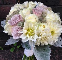 Soft and dreamy - menta roses, white avalanche roses, dahlias, astrantia and the ever so amazing senecio foliage!