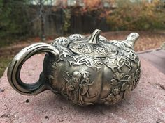 Teapot antigo com o deus da longevidade Lao Shou Xing