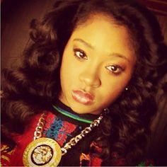 Rihanna's Cuzzo Ella  STL: http://bit.ly/12sen13