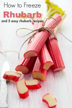 Have too much rhubarb? Learn how to freeze rhubarb and get 5 easy rhubarb recipes to try. Freezing rhubarb is easy with these tips! Easy Rhubarb Recipes, Freeze Rhubarb, Rhubarb Desserts, Fruit Recipes, Veggie Recipes, Healthy Recipes, Rhubarb Rhubarb, Ruhbarb Recipes, Vegetarian