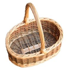 Childs green willow wicker shopping basket with full buff willow wicker top band and handle.  This basket also has a flat base and straight sides.  A little bit smaller than the Childs oval green willow hollander, this basket would be suitable for age 5-8 children. Ideal for Easter, Bridesmaids, Flower Girls or even as a fruit basket.