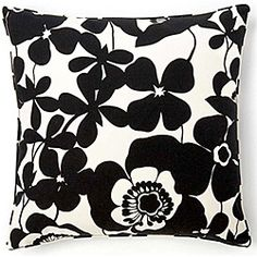 @Overstock - Dress up your decor with a bold decorative pillow from Jiti Pillows. Crafted by artisans in the United States, this Poppy pillow offers a simple shape with a large floral black and white print.http://www.overstock.com/Main-Street-Revolution/Jiti-Pillows-Siggi-Poppy-Decorative-Pillow/6417922/product.html?CID=214117 $76.09