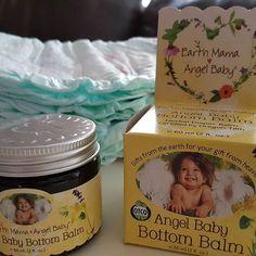 """Anne & bebek bakımında dünya çapında benzersiz ürün gamına sahip Earth Mama Angel Baby den """"Angel Baby Pişik Kremi"""".%100 Organik!Lanolin ve çinko içermez!Vegan! Sıfır toksin! Bebeğim için daha güveniliri yok. Pişik ve isiliği engeller.Konak ile savaşır.  #bebek#bebekbakımı#pişikkremi#hamile#isilik#annebebek#anneleröneriyor#bebeklehayat#gebe#hamileanneler#anneoluncaanladım#mutlubebekmutluanne#organik#yenidoganbebek#bebekkonak#konakproblemi#earthmamaangelbaby#earthmamatr#pregnancy"""