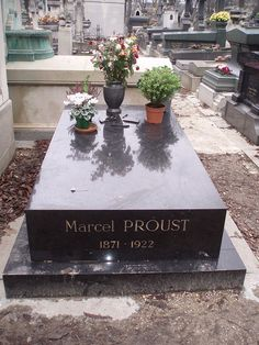 PERE LACHAISE CEMENTARY- MARCEL PROUST
