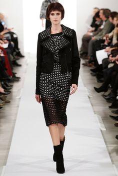 The Spell Of Fashion: OSCAR DE LA RENTA New York Fashion Week  http://themariopersonalshopper.blogspot.com.es/2014/02/oscar-de-la-renta-new-york-fashion-week.html