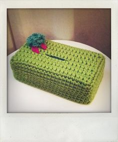 Crochet Box, Love Crochet, Tissue Box Covers, Tissue Boxes, Paper Cover, Bunting, Straw Bag, Embroidery Designs, Creative