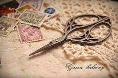 FREE SHIPPING  Antique Vintage Style Stainless Steel Blade Scissor