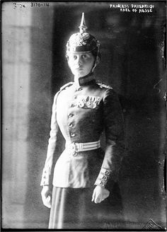 """Princess Margaret """"Mossy"""" (Margarete Beatrice Feodora) (22 Apr 1872-22 Jan 1954) Germany by unknown photographer. 8th child of Princess Victoria """"Vicky""""Adelaide  (1840-1901) UK & King Frederick III (1831–1888) Germany. Wife of Prince Frederick Charles """"Fischy"""" (Frederick Charles Louis Constantine)  (1 May 1868-28 May 1940) Hesse, short-term King of Finland. Their marriage was very happy. Margaret had a strong personality & was more grounded than her husband. They had 6 children."""