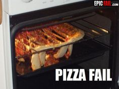 37 People Who Are Worse At Cooking Than You. Makes me feel better about my bad cooking moments! Cooking Fails, Food Fails, Cooking Pork, Pizza Life, Ham Salad, Pinterest Fails, Try Not To Laugh, Good Pizza, I Feel Good