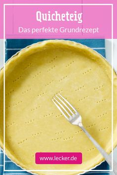 Quicheteig – so geht das Grundrezept With this dough you make the best quiche! Quicheteig – so geht dasThat's perfect for mineFOOD Quiches, Food Words, Pizza Recipes, Tart Recipes, Sweet Recipes, Baking Recipes, Soup Recipes, Salad Recipes, Dessert Recipes