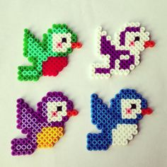 vtaciky Birds hama perler beads by piafandthepuffin Perler Bead Designs, Hama Beads Design, Diy Perler Beads, Perler Bead Art, Pearler Beads, Pearler Bead Patterns, Perler Patterns, Art Perle, Origami 3d