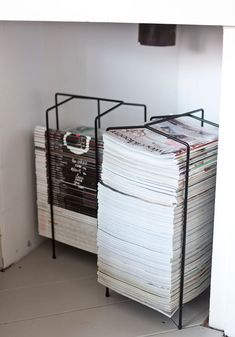 Handige tijdschriftenrekken via design torget (Zweeds)