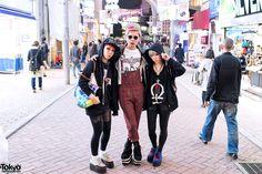 twins Miho (right) & Maho (left), w/ their friend Chamii (center) | 20 October 2012 | #Fashion #Harajuku (原宿) #Shibuya (渋谷) #Tokyo (東京) #Japan (日本)