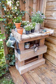 Precious Tips for Outdoor Gardens - Modern Bonsai Fruit Tree, Diy Furniture, Outdoor Furniture, Garden Furniture, Palette Diy, Hydrangea Care, Flower Festival, Gardening For Beginners, Growing Plants