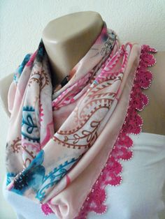 Pink White  DaisyGorgeous Turkish Traditional by colourfulrose, $29.90