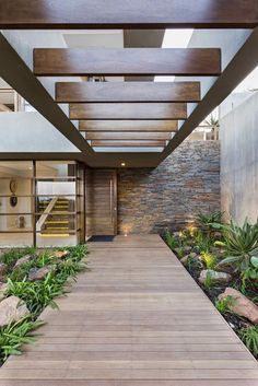 of 6 Leadwood Loop / Metropole Architects - 7 6 Leadwood Loop,© Grant Leadwood Loop,© Grant Pitcher Design Exterior, Interior And Exterior, Wall Exterior, Room Interior, Exterior Doors, Future House, House Entrance, Entrance Ideas, Modern Entrance