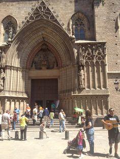 Plaça de Santa Maria del Mar in Barcelona, Cataluña