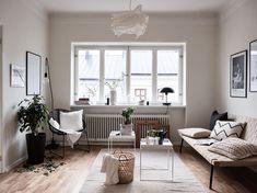 Scandinavian style interior and decor, nordic feel, livingroom beige and brown, light and airy Historiska hem – Boukari – Husligheter