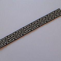 Bracelet fin en perles miyuki , tissage peyote noir et blanc