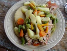 Steamed fish with vegetables, Jamaican style (recipe included) -- tweeted by a CUSSW alum who keeps her own travel blog.