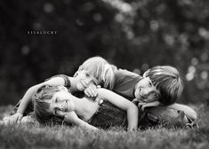 kids....love the little pile on in black and white