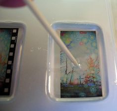 Resin Obsession - Make your own resin pendant using transparencies