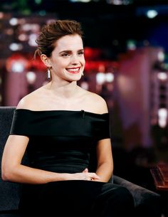 Emma Watson attending Jimmy Kimmel Live on March 6, 2017. Pinned by @lilyriverside