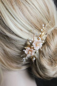 BESPOKE for Marcella | Pearl bridal hair comb with blush flowers 3