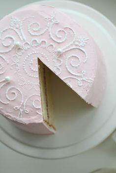 Gorgeous Victoria sponge cake--Norwegian recipe, but some lovely photos
