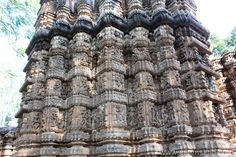 Close up of the four levels of images. How did they make this nearly 1000 years ago. Bodh Gaya, Archaeological Survey Of India, Shiva Linga, Nataraja, Types Of Horses, 1000 Years, Big Garden, Lord Vishnu, 11th Century