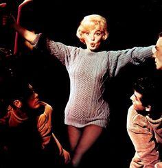 Tumblr Jean Seberg, Bing Crosby, Gene Kelly, Lets Make Love, Let It Be, Pull Aran, Marilyn Monroe, Vaughan, Lisa Marie Presley