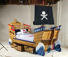Kinderbett piratenschiff  kinderbett-pirat-fahne.jpg (600×450) | Bett | Pinterest ...
