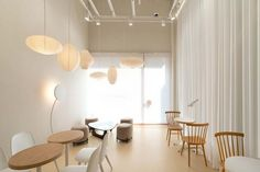 Home Decoration Cheap Ideas Code: 6851483376 Retail Interior, Restaurant Interior Design, Interior Shop, Interior Design Website, Interior Design Magazine, Shop Interiors, Office Interiors, Simple Cafe, Cafe Shop Design