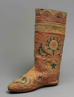 Boot. Tartar people, 19th century. These are just exquisitely beautiful.