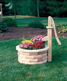 Wooden Lawn Furniture - Planters   Yutzy's Farm Market