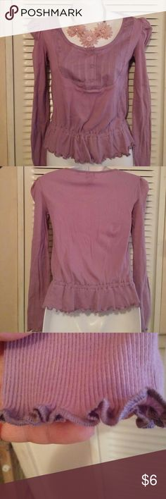 (CALVIN KLEIN) lilac long sleeve top s/p/ch top Ribbed top with scoop neck.  Sleeve and waist gems are scalloped.  Never worn.  S stands for small CH stands for small in Spanish.  P is small too in spanish but in this case I think it's more like petite.  Here are your measurements in case there's any doubt 30 inch bust 19 inch overall length 22 inch sleeve length from neckline to Cuff edge Calvin Klein Tops Tees - Long Sleeve