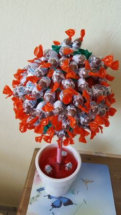 Schokoladen Bäumchen Sweet Trees, Chocolate Bouquet, Diy Presents, How To Make Chocolate, Wreaths, Birthday, Party, Gifts, Opi